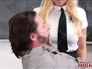 High School Teen Brooke Fucked By CPR Teacher