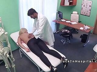 Big boobs blonde got back massage from her doctor