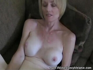 Wicked sexy amateur slut
