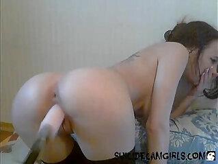Step daughter fucking herself with her fucking machine xdanya