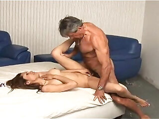Daddy enjoying with her young blonde girl