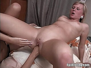 Sexy Lesbian Russian Teens Strap on Anal Fisting