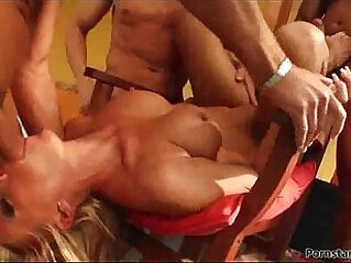 Busty brunette MILF babe in stockings gets finger fucked hard Milf Thing video
