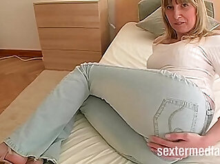 Bonde MILF picked up for long suck and fuck big lips then anal assfuck