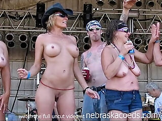 wet wild horny iowa milf cougar biker bitches