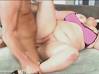 Fat Big Booty BBW Fucks On Camera First Time